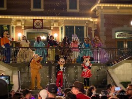 The closing moments at the Disneyland Resort's last day open in March 2020