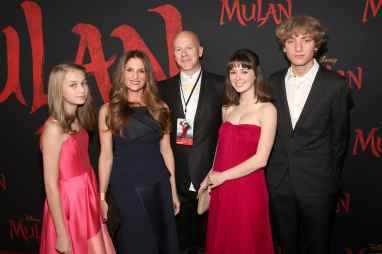 HOLLYWOOD, CALIFORNIA - MARCH 09: (L-R) Pearl Lister, Director Niki Caro, Andrew Lister, Tui Lister, and guest attend the World Premiere of Disney's 'MULAN' at the Dolby Theatre on March 09, 2020 in Hollywood, California. (Photo by Jesse Grant/Getty Images for Disney)