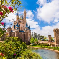 Tokyo Disneyland Resort to Extend Closure Past Previously Announced April Date