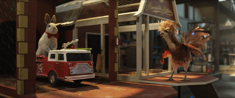 Murphy (voiced by Ron Funches) and Henrietta (voiced by Chaka Khan) in Disney's THE ONE AND ONLY IVAN, based on the award-winning book by Katherine Applegate and directed by Thea Sharrock. Photo courtesy of Disney. © 2020 Disney Enterprises, Inc. All Rights Reserved.