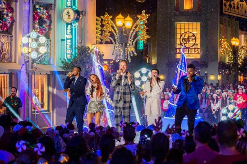 "Grammy® Award-winning and multi-platinum-selling artist Pentatonix give their rendition of ""Deck the Halls"" in 'The Wonderful World of Disney: Magical Holiday Celebration,' airing NOV. 26 (9:00-11:00 p.m. ET/PT) on ABC. This performance was previously recorded in 2019 in Disney's Hollywood Studios at Walt Disney World Resort in Lake Buena Vista, Fla. (Steven Diaz, Photographer)"