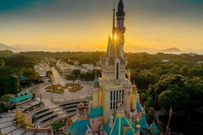 Castle of Magical Dreams Hong Kong Disneyland-1