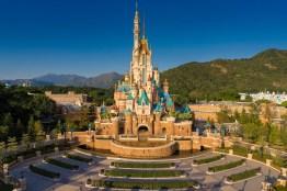 Castle of Magical Dreams Hong Kong Disneyland-2