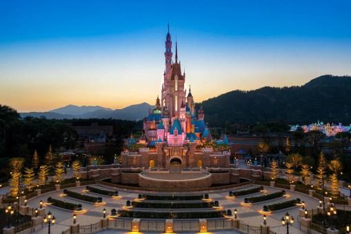 Castle of Magical Dreams Hong Kong Disneyland-7