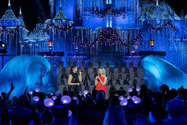 "TONY® Award-winning actress Idina Menzel joins fellow ""Frozen"" star Kristen Bell for a chilling performance of ""When We're Together"" from ""Olaf's Frozen Adventure"" in 'The Wonderful World of Disney: Magical Holiday Celebration,' airing NOV. 26 (9:00-11:00 p.m. ET/PT) on ABC. This performance was previously recorded in 2017 in Disneyland Park at Disneyland Resort in Anaheim, Calif. (Matt Petit, photographer)"