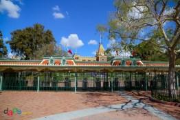 Disneyland's main entrance