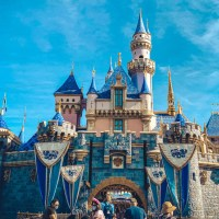 Disney to Require U.S. Salaried And Non-Union Hourly Employees to Be Vaccinated