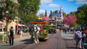 Disneyland - Featured Image