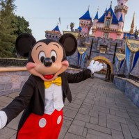 Face Coverings to No Longer Be Mandated at Disneyland Resort for Fully Vaccinated Guests Starting June 15