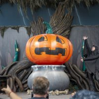 Knott's Spooky Farm 2021 Conjures a Great Family Experience with Entertainment and Halloween Rides