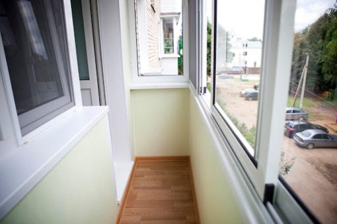 Внутренняя и внешняя отделка балконов и лоджий