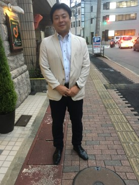 Hideki ... 007 look!