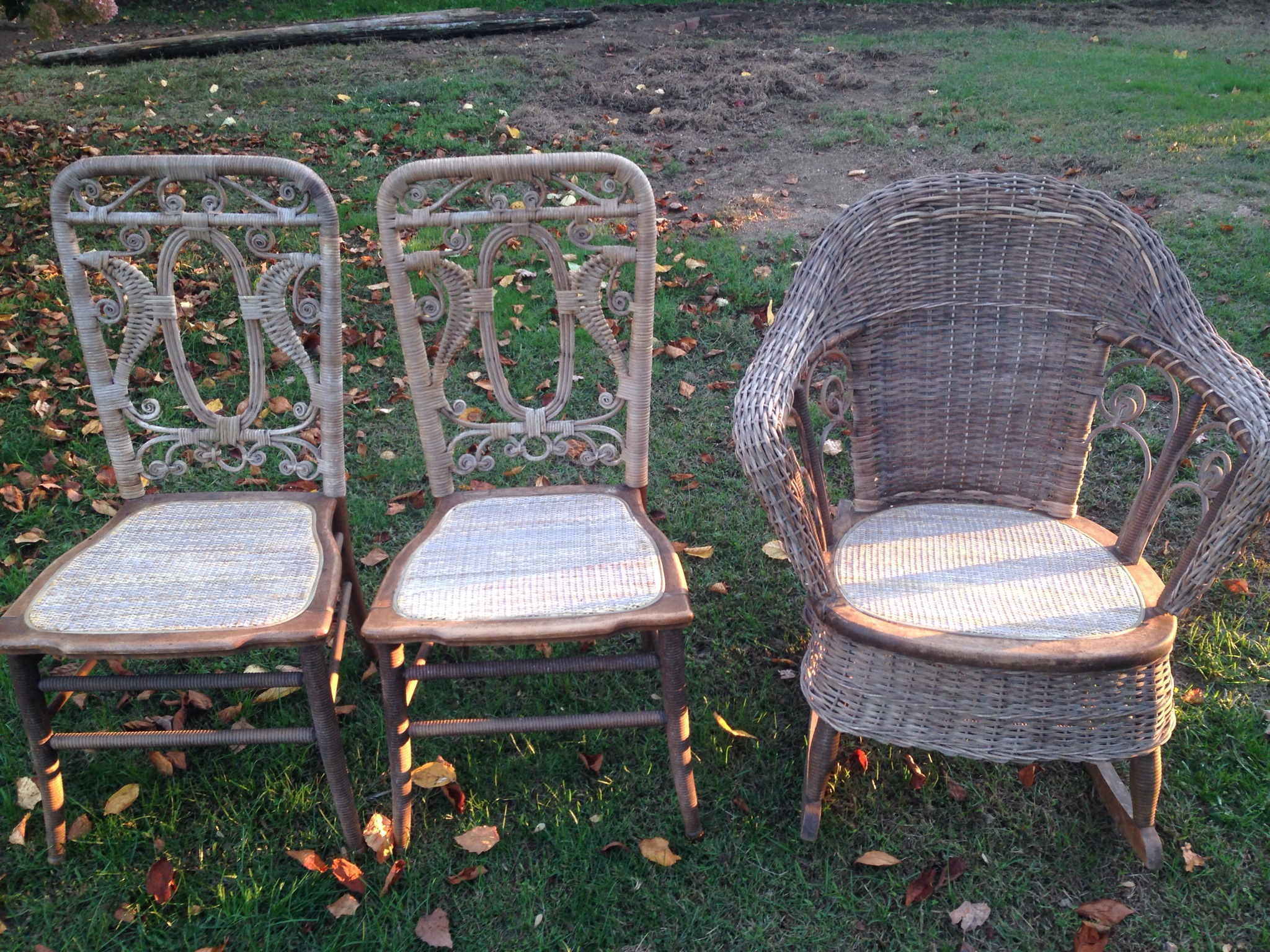 heywood wakefield wicker chairs revolving chair in indore hayloft studio pre early 1900 s set these so easily could have ended up the dumpster i m thankful my customer saw that there was