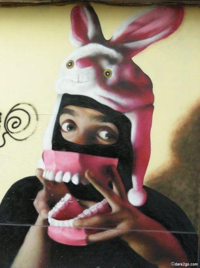 Street Art - weird denture