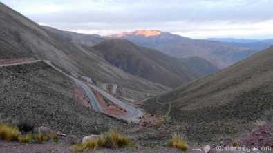 steep descent from Abra de Potrerillos towards Purmamarca