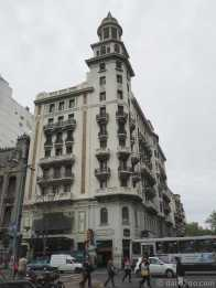 Montevideo: another beautifully detailed Art-Deco facade on a street corner.