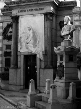La Recoleta cemetery in Buenos Aires: another of my photos from 2009
