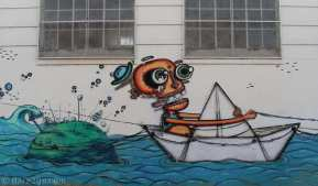 StreetArt in Argentina: another section of the long wall in Gualeguaychu.