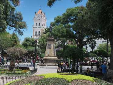 Plaza 25 de Mayo in Sucre, with the cathedral in the background.