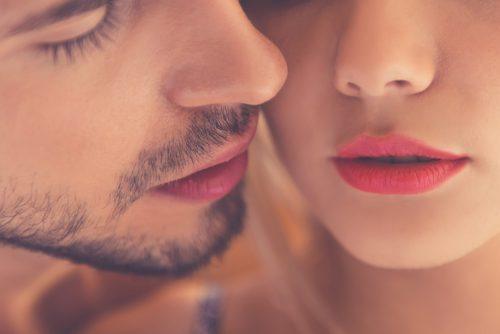 付き合う前にキスしちゃった女子たちのシチュエーションを聞いてみた