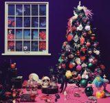 ちょっぴり不気味!今年も Francfrancのクリスマスツリーが到着