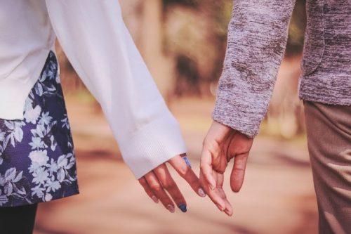 ぶっちゃけ、知り合って付き合うまでの期間ってどれくらい?最も多かったのは…