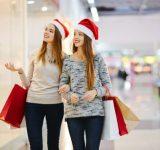 もう目前!女子がクリスマスに友達としたいこと、1位は…