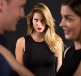 「恋のライバルに打ち勝つ方法」心理テスト