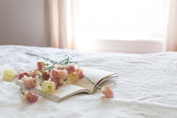 【夢占い】「好きな人に彼女ができた夢」は予知夢?