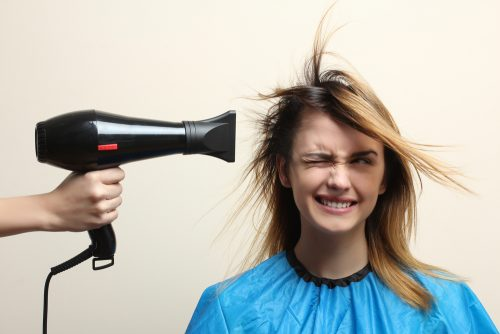 クセ毛女性は美意識が高い!?一番時間をかけている工程は「髪を乾かすこと」