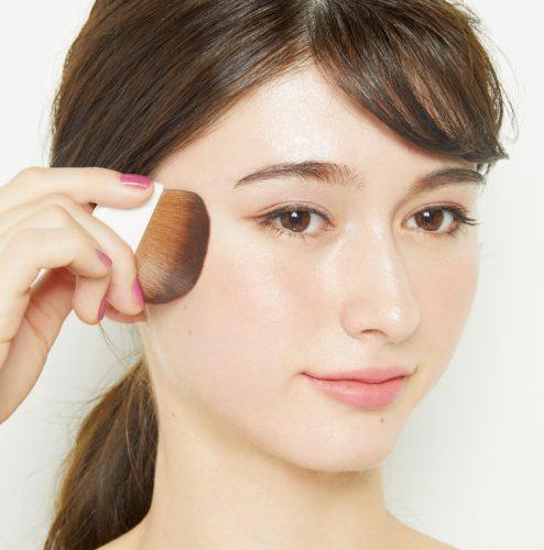艶肌の作り方|おすすめファンデーション・下地・パウダーやツヤ肌メイクレッスン♪