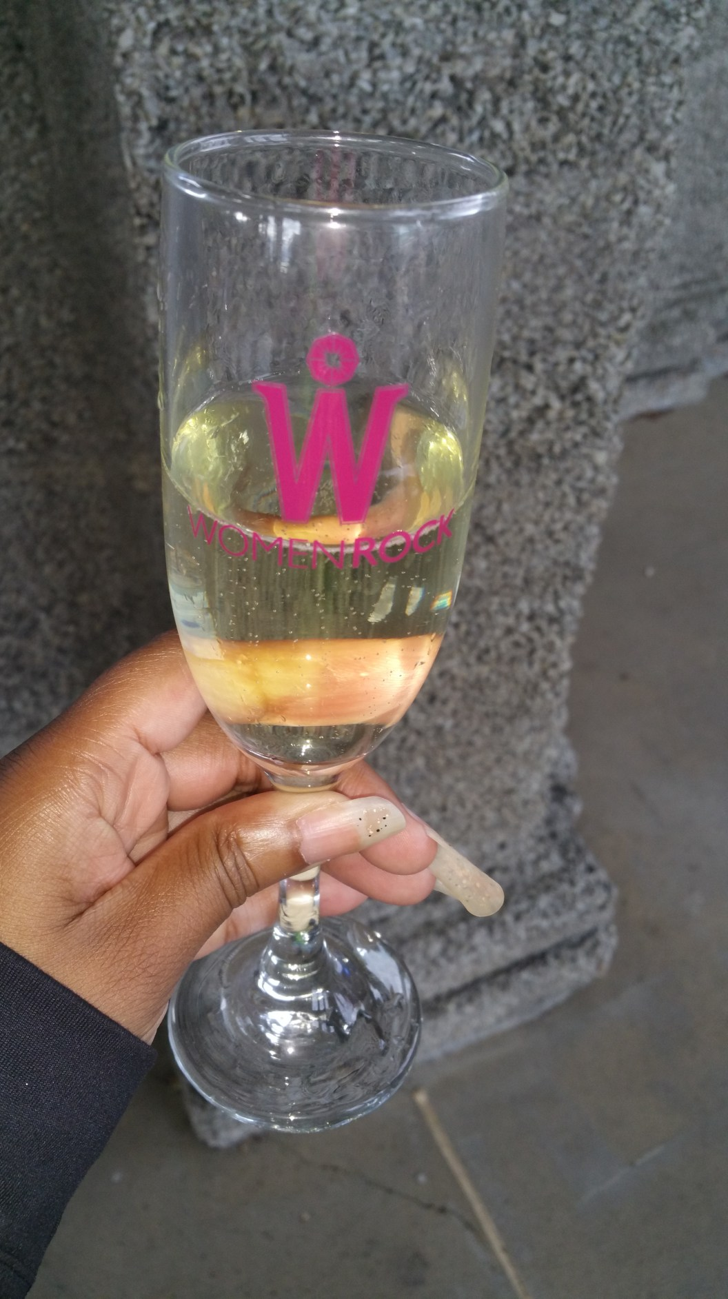 Women Rock champagne glass with bubbly