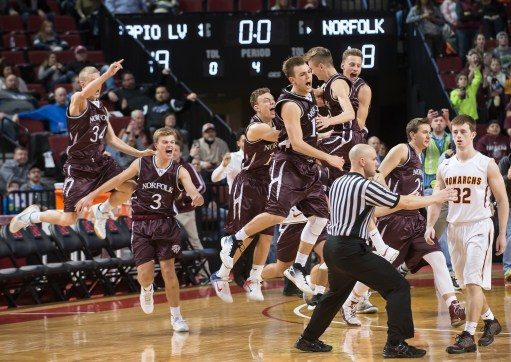 DARIN EPPERLY/DAILY NEWS LINCOLN -- Norfolk players rush the floor in celebration of defeating Papillion-LaVista during the Class A championship game on Saturday night at Pinnacle Bank Arena. 3-11-17