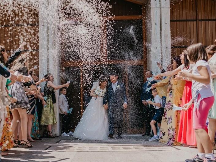 lancio del riso chiesa matrimonio
