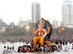 ganesh immersion at chowpatty
