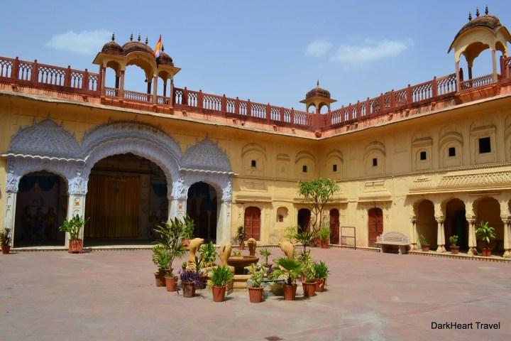 Jaipur temple courtyard