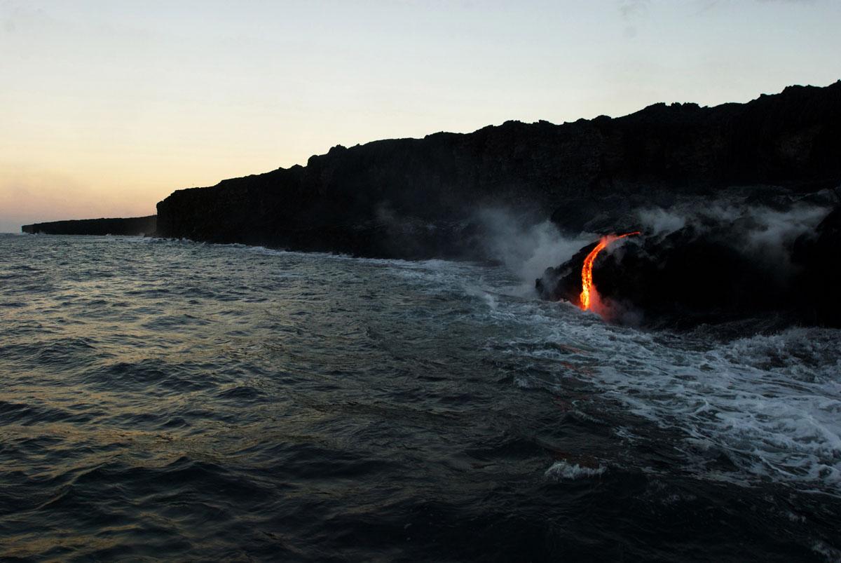Lava Flow In Hawaii S Volcanoes National Park