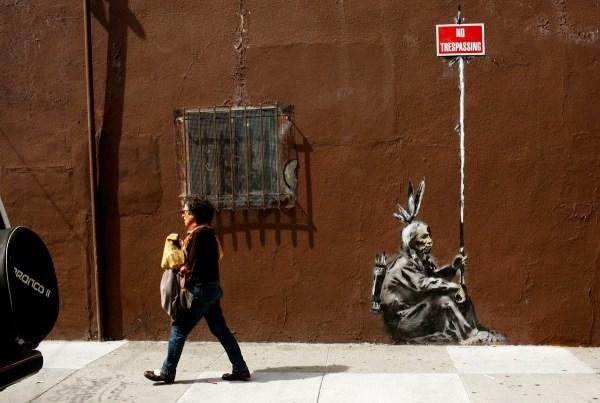 Graffiti Artwork Banksy Guerrilla Artist