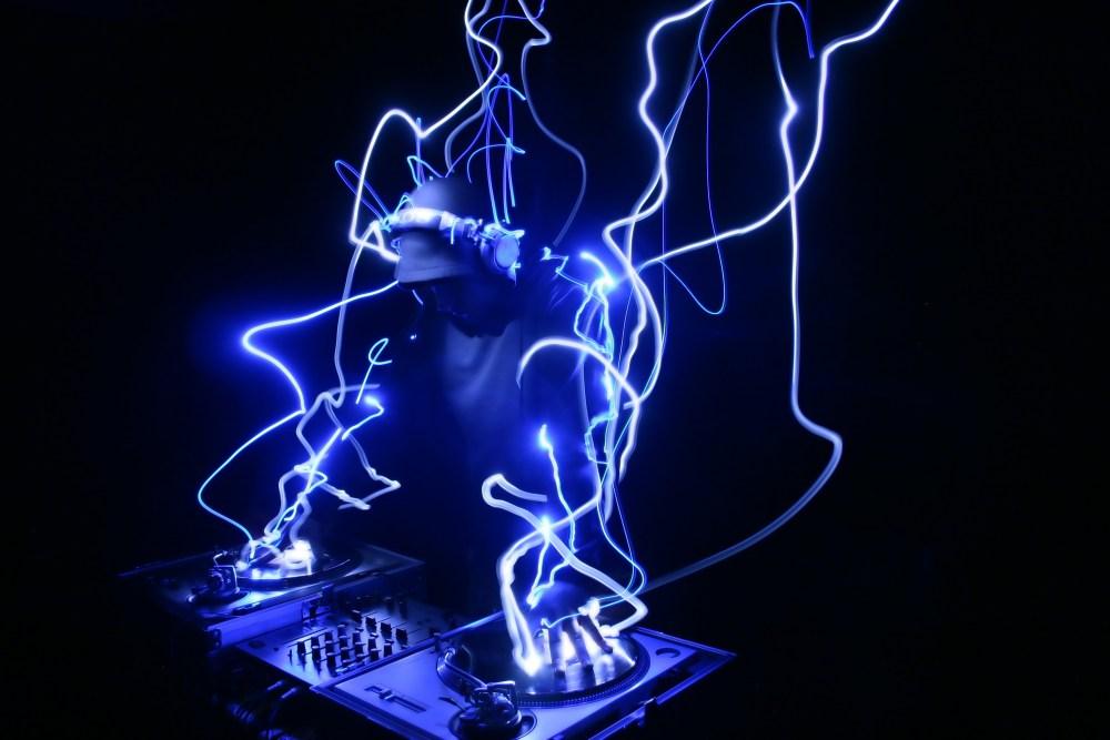 DarkX - 24 Hour Trance-Athon Goin On (1/2)