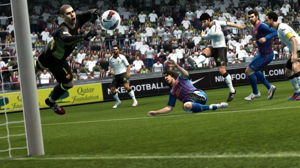 Pro Evolution Soccer 2013 Xbox 360 review - DarkZero