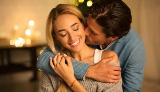キスする体の場所には「意味」がある!? 部位別意味と女性心理