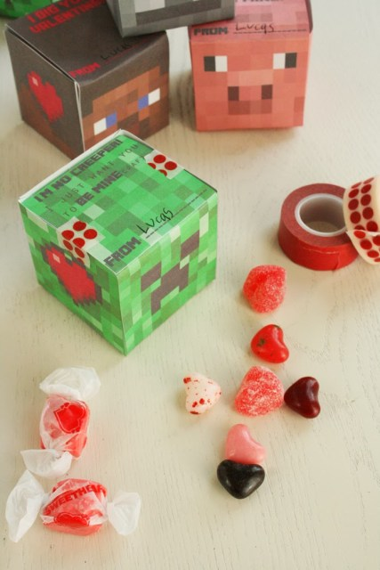 minecraft valentine cube box printable