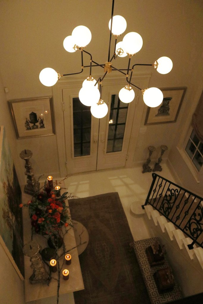 at-home-with-amy-howard-paints-modern-chandelier