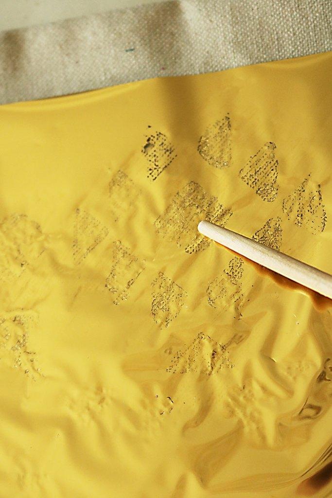 diy-gold-foil-upclose