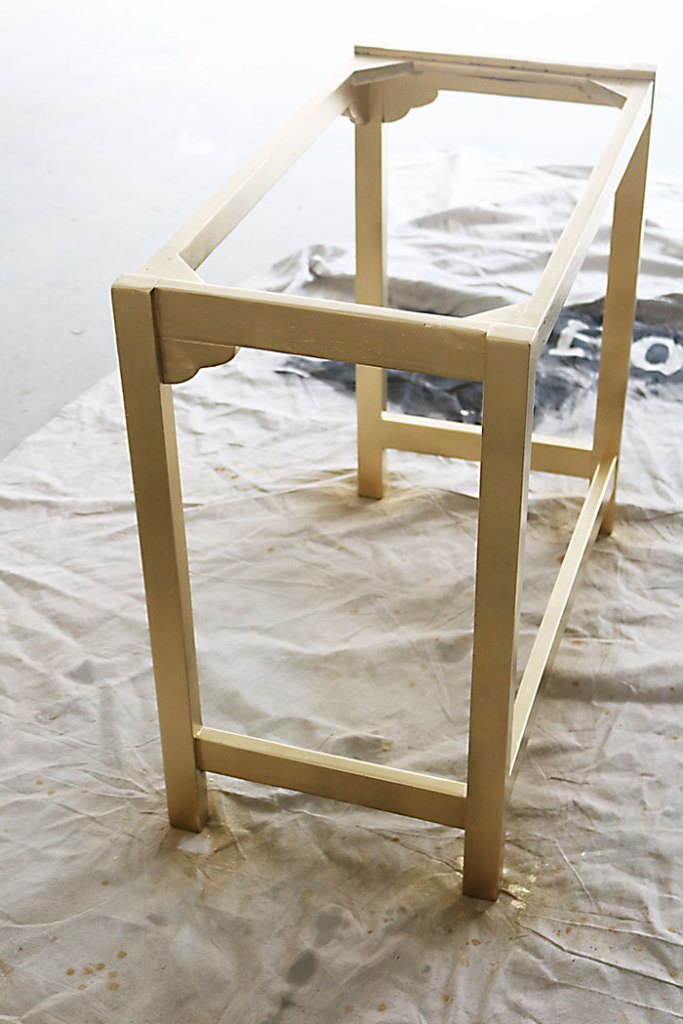 painted-furniture-with-gold-spray-paint