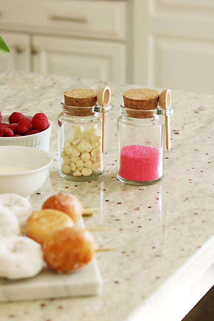 valentine-cheesecake-sprinkles