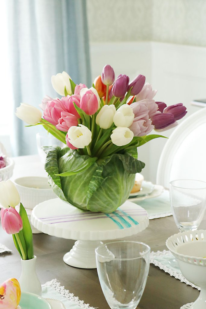 Cabbage-tulip-arrangement-on-table