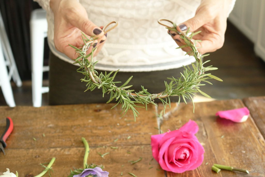 DIY-flower-crown-with-just-leaves
