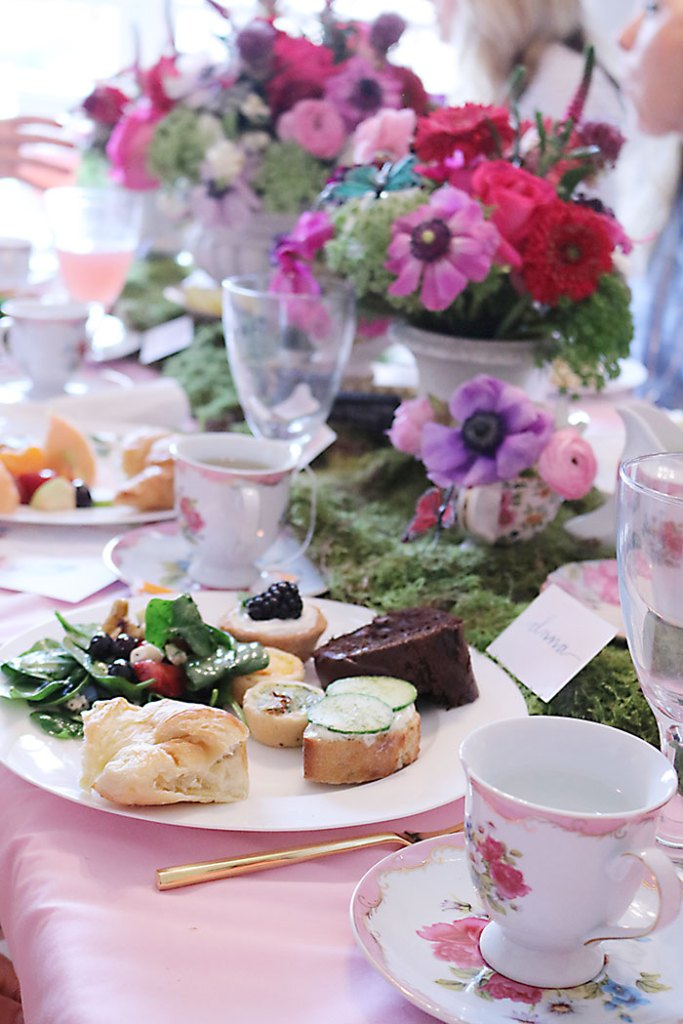 garden-tea-party-with-food
