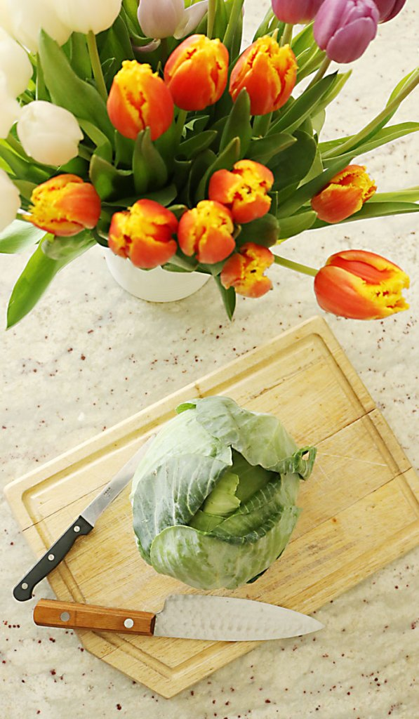 tulips-and-cabbage-for-table-decorations